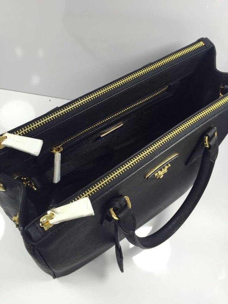 Bolsa Classic Safiano - Couro Legítimo - Preta - Linha Italiana - comprar  online ... 45b5ef5ecb