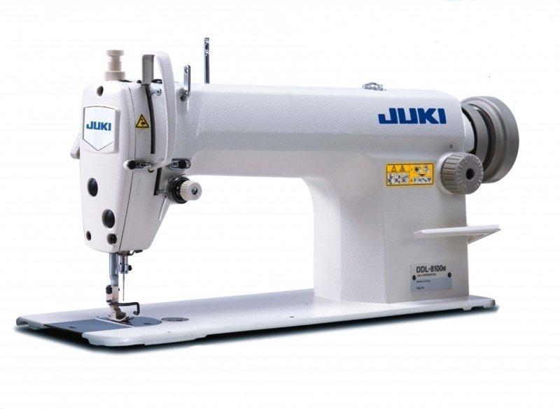 Maquina de coser recta juki oferta con mesa y motor $ 10,500. 00.