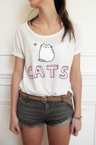 REMERA CATS - CRUDO/CELESTE/ROSA