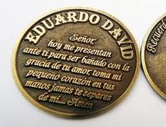 Moneda de metal Bautismal