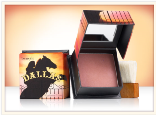 Benefit Cosmetics - Dallas an Outdoor Glow for an Indoor Gal Face Powder