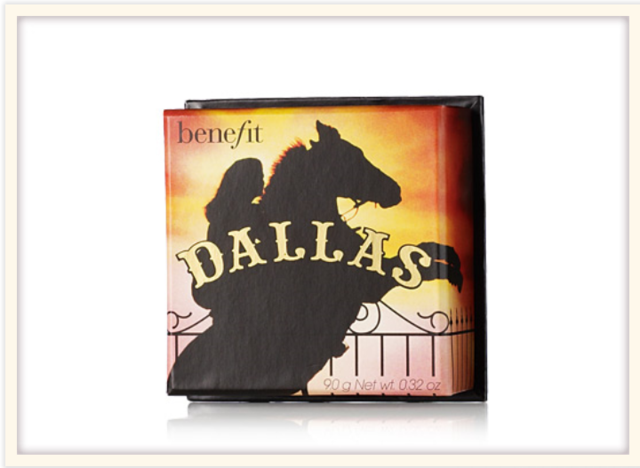 Benefit Cosmetics - Dallas an Outdoor Glow for an Indoor Gal Face Powder - comprar online