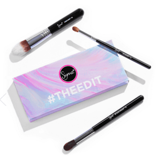 SIGMA® - BEAUTY THEEDIT KIT COM 3 BRUSHES  (super desconto de 30%)