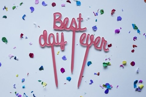 BIG cake toppers: Best Day Ever + corazones - comprar online