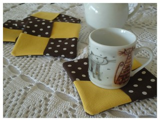 posavasos en patchwork - Chocolate