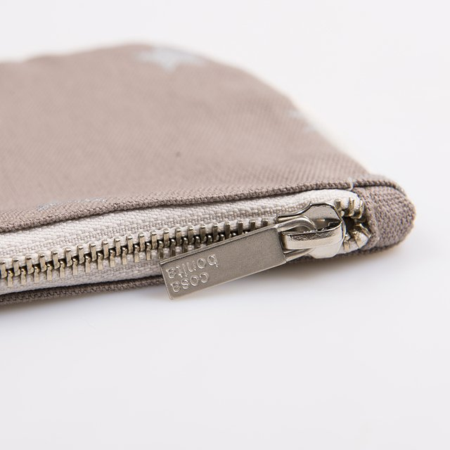 Susques Purse, taupe with silver stars on internet
