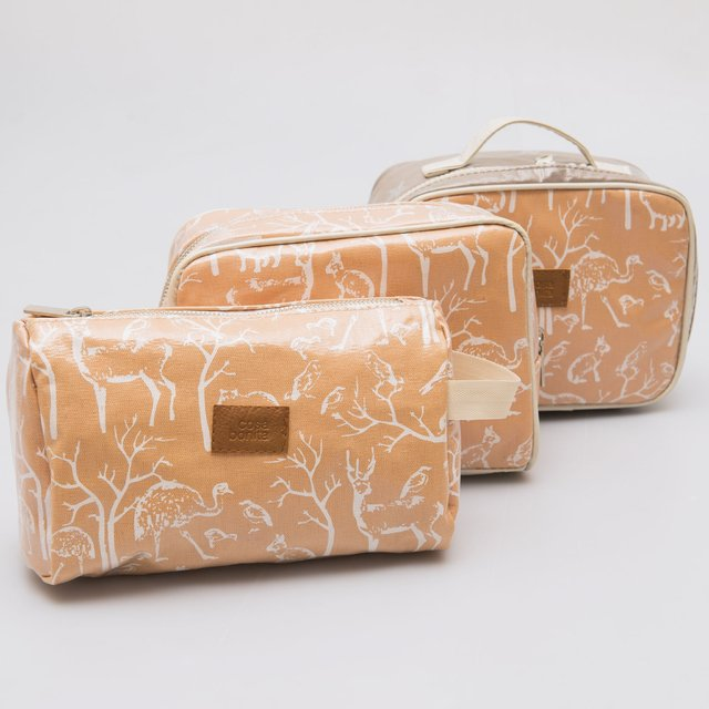 Fiambalá Pouch, plasticized, salmon with white animals - online store