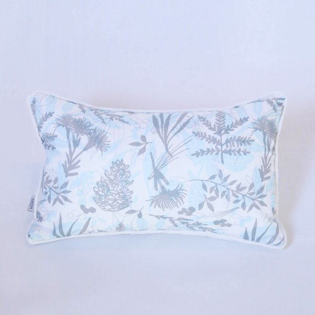 Amatista Cushion, light blue & silver leaves - buy online