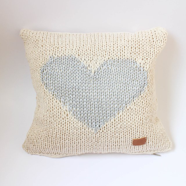 Medium Washi Cushion, ecru with silver heart