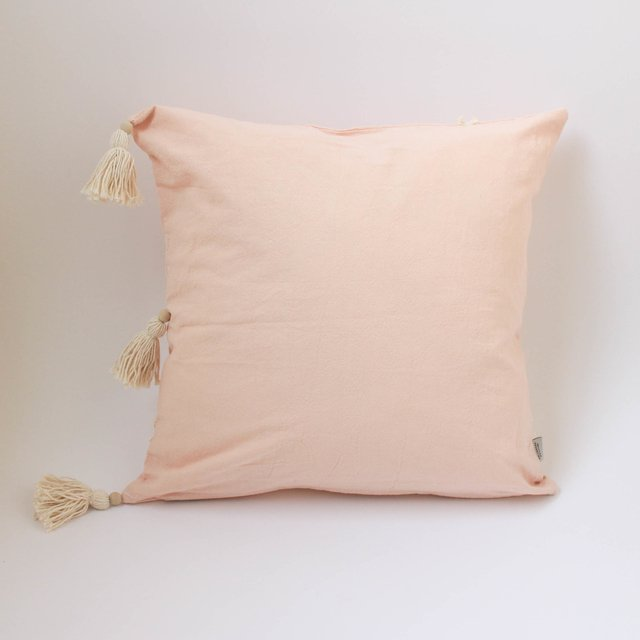 Medium Jazmin Cushion, pink with ecru fringes on internet