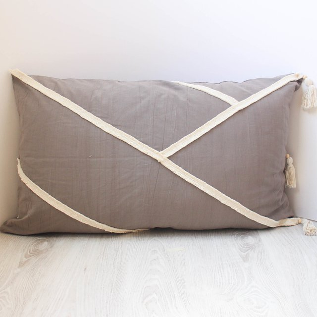XL Jazmín Cushion, taupe with ecru fringes - buy online