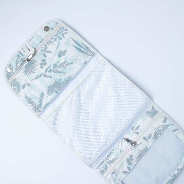 Aguamarina Pouch, plasticized, blue with silver stars   on internet