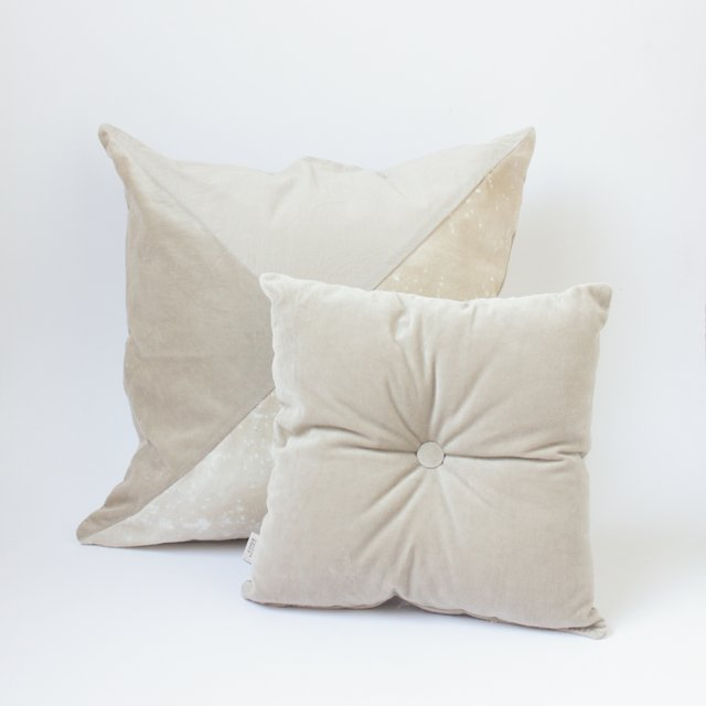 Crisantemo Cushion, beige with velvet on internet
