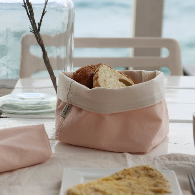 Image of Small Basket, pink