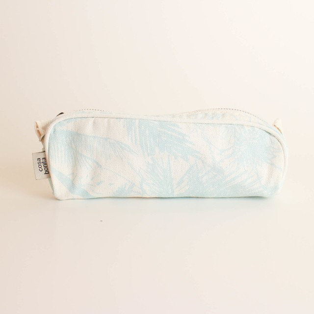 Angastaco Pencil case, ecru with light blue palm trees