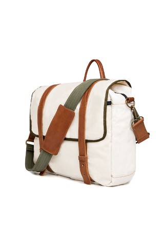 Williamsburg Sailors® Messenger on internet