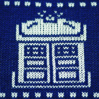 The Doctor Sweater en internet