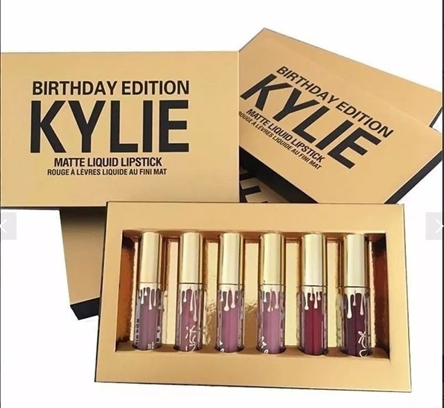 Labiales Birthday Edition Kylie Jenner - Stencil Accesorios