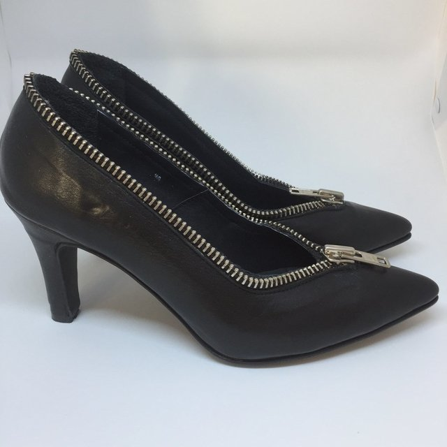Stiletto ZIP