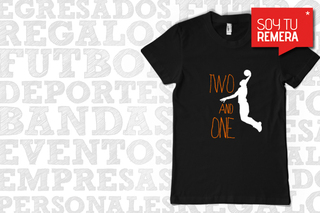 Remera Two and One con jugador