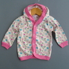 Campera floreada fucsia