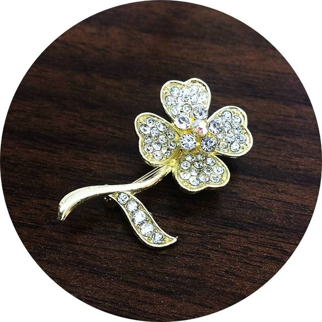 BC0012D - Broche Flor Ana com Strass Dourado (O Par) on internet