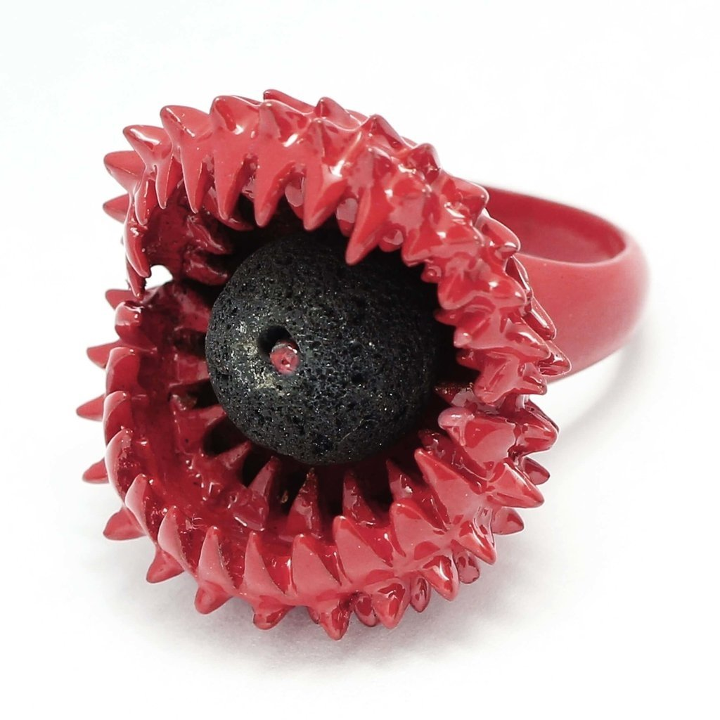 Carnivorous ring in bronze with fuchsia enamels and lava stone