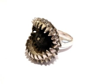 Carnivora Golden Ring - Bronze gold plated and natural lava stone - buy online