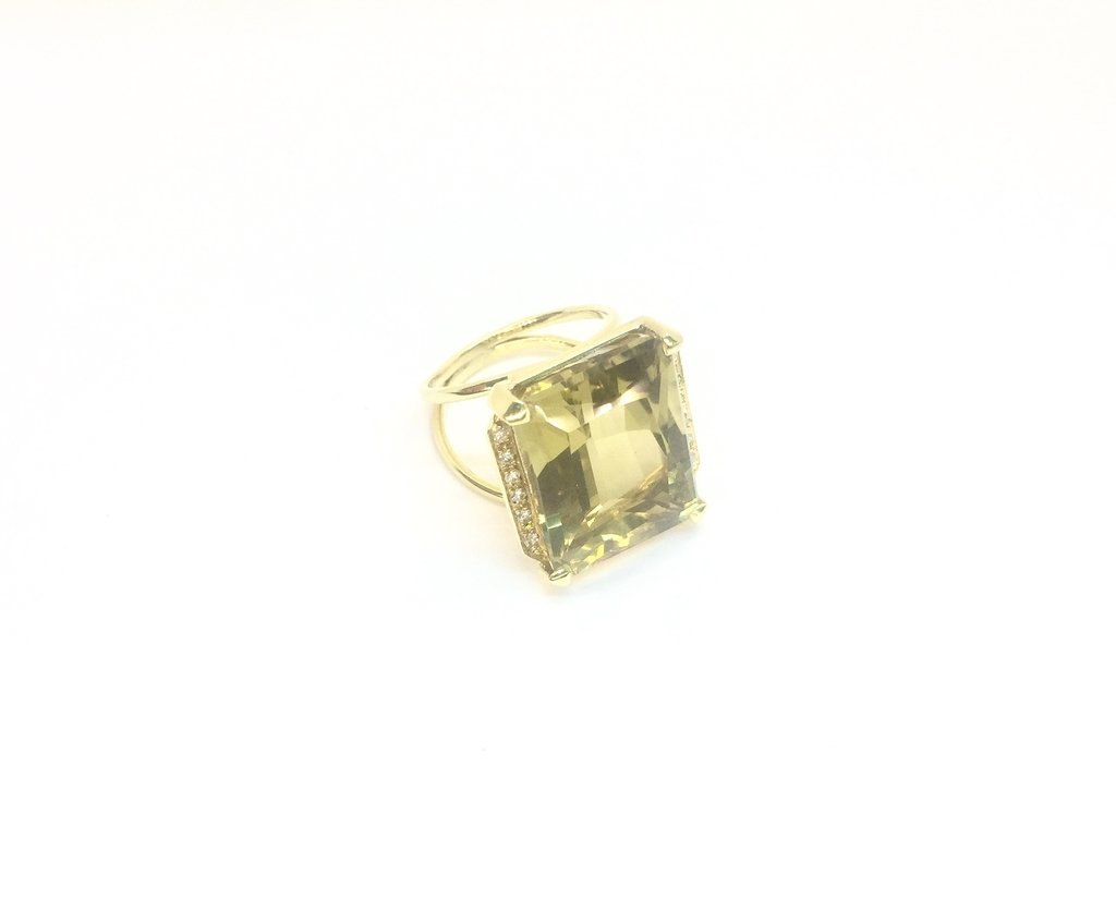Anillo Citrino y Diamantes