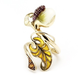 Orchid Earcuff, designed with18 kts yellow gold, pavé of amethysts and peridots, with pliqué-a-jour enamel technique