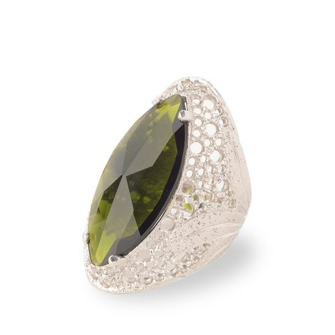 Green Eye Filigree Ring