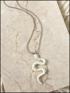 COLLAR SNAKE WHITE LOVE LOLA