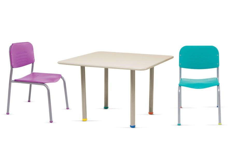 Mesas infantiles de plastico excellent silla perugita roj for Sillas de oficina infantiles