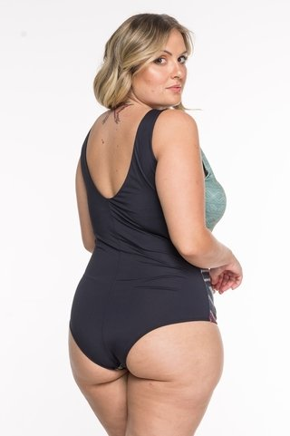 body plus size estampa localizada 6060 maryssil