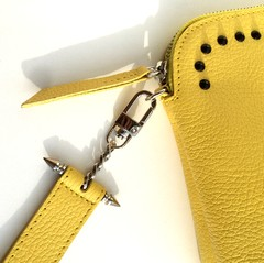 GIGI SMALL CLUTCH YELLOW en internet