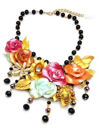 Collar Pearl Flowers