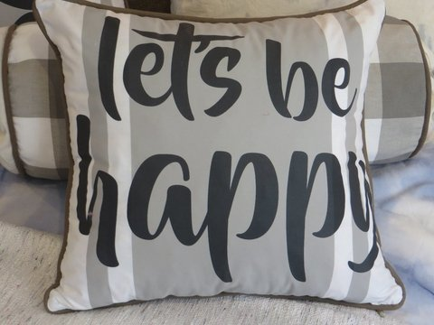 Almohadon Let´s be happy ♥ en internet