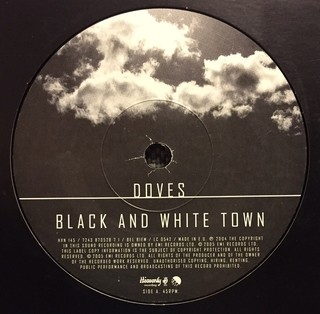 Doves - Black and White Town [Compacto] - 180 Selo Fonográfico