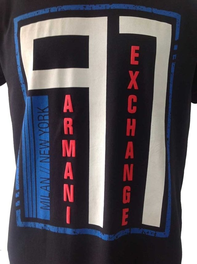 Camiseta masculina Armani Exchange Estampada Gola Careca na internet