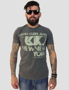Camiseta Calvin Klein Estampa New York Cinza