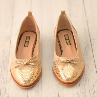 nude gold leather shoes flat shoes flats bow heel