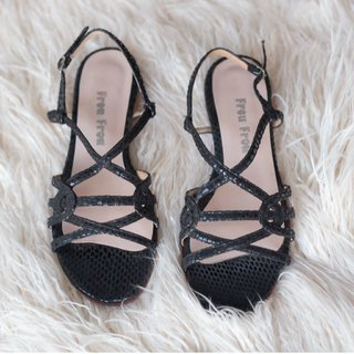Sandals Reggi Black - Ultimo 36