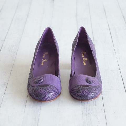 Purple Kelly Pumps - comprar online