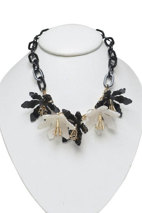 Collar Flower Black & White - comprar online