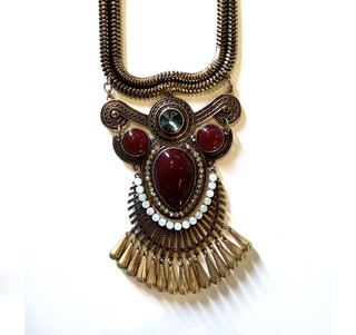 Collar Eva Burgundy