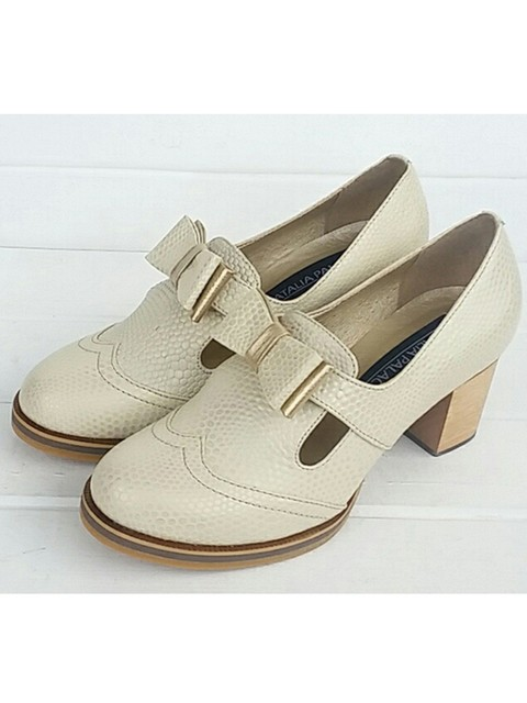 Tacones Oxford Marfil. Chacha