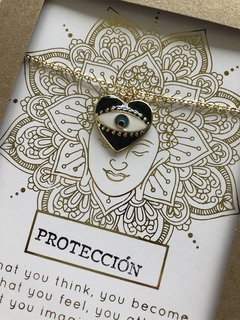 Collar Corazon ojo negro PROTECCION en internet
