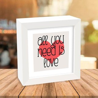 Quadro Box All you need is love - comprar online