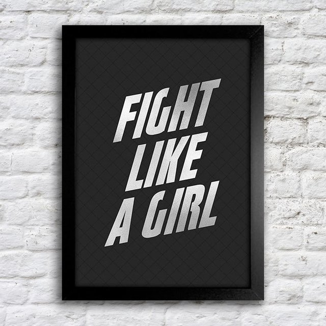 Poster Fight Like a Girl na internet