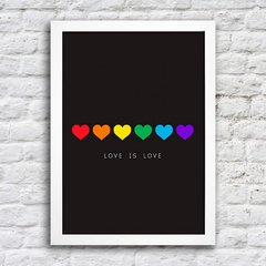 Poster Love is love na internet